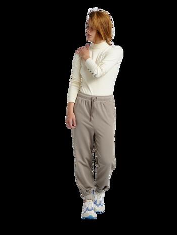 hmlGROOVY PANTS, DRIFTWOOD, model