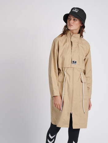 hmlSAND LONG COAT, NOMAD, model