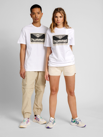 hmlFRESH T-SHIRT, WHITE, model