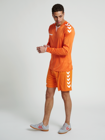 CORE LS POLY JERSEY, TANGERINE PR, model