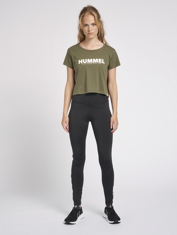 hmlLEGACY WOMAN CROPPED T-SHIRT, BEETLE, model