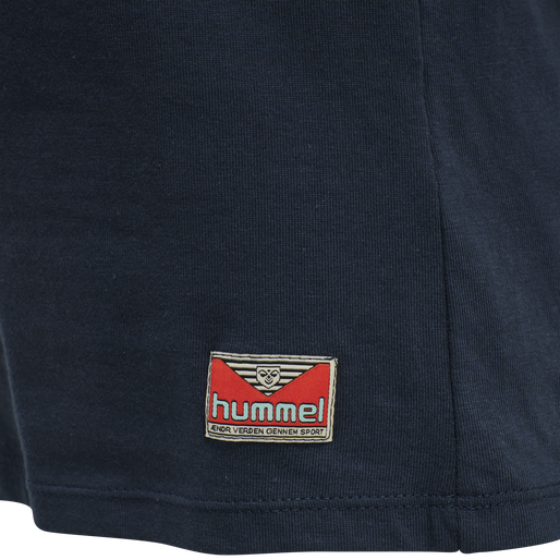 hmlINTRO T-SHIRT, TOTAL ECLIPSE, packshot