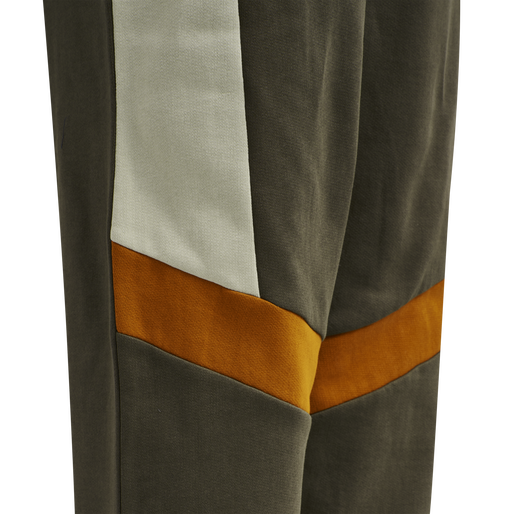 hmlSANDER PANTS, BLACK OLIVE, packshot